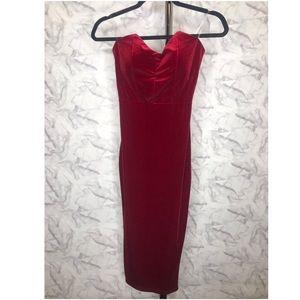 Dresses & Skirts - Strapless red dress